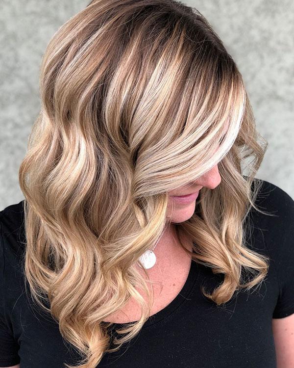 Medium Wavy Hairstyles