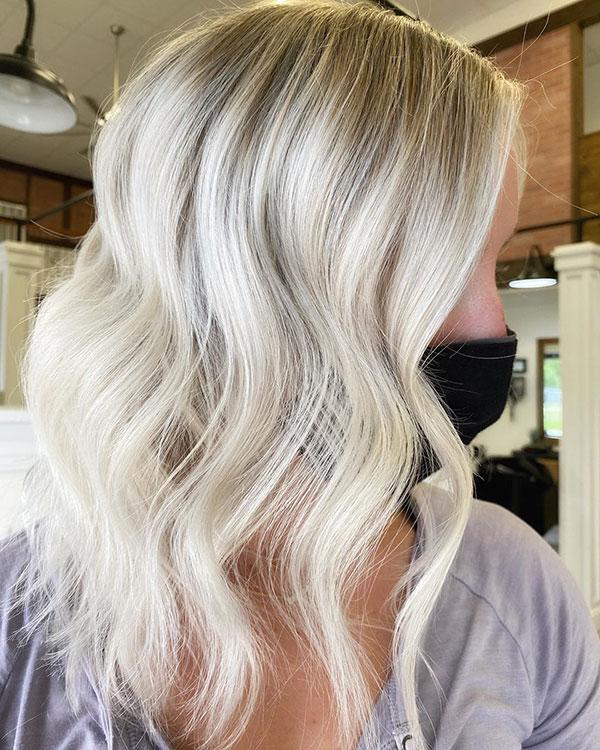 Best Medium Blonde Hairstyles