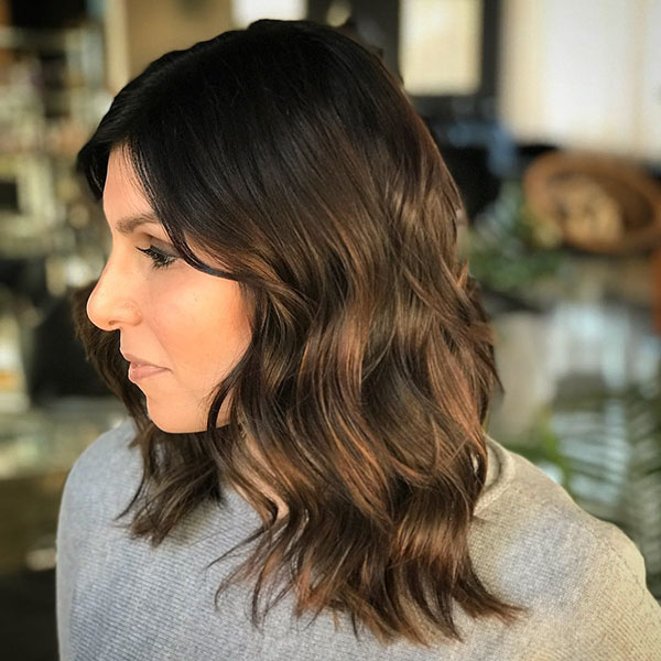 Pictures Of Medium Haircuts For Girls