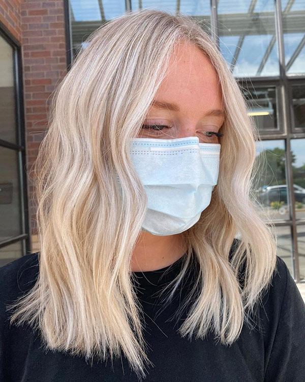 Medium Blonde Hairstyles For Women