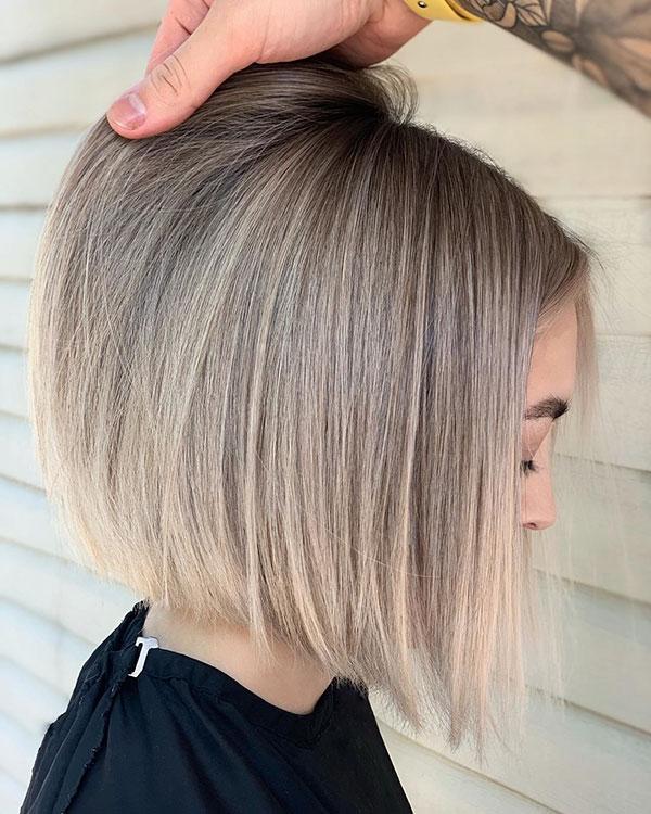 Medium Straight Hairstyle Ideas