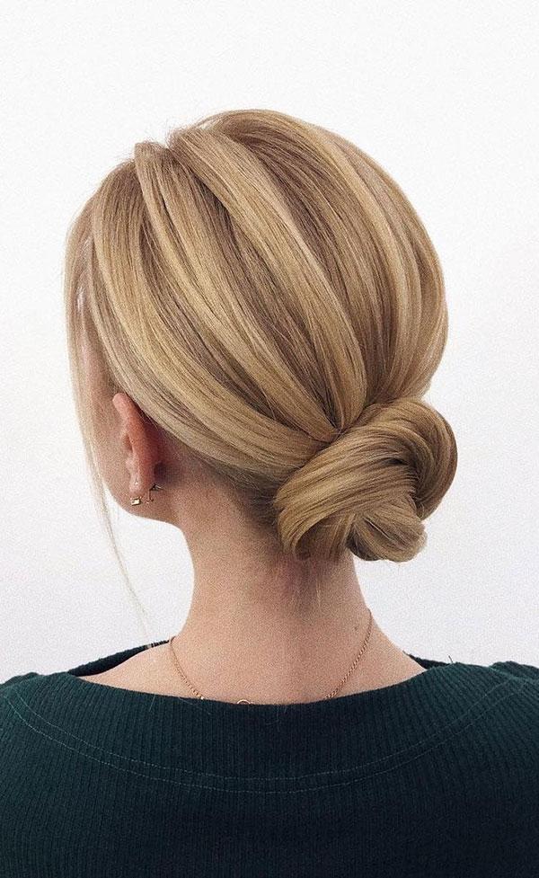 Medium Hair Buns