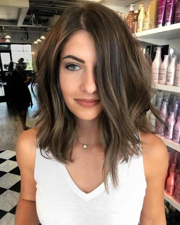 Medium Dark Brown Hair With Highlights