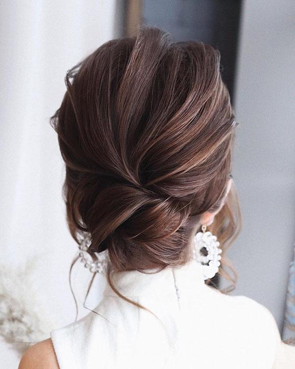 Medium Bun Hairdo