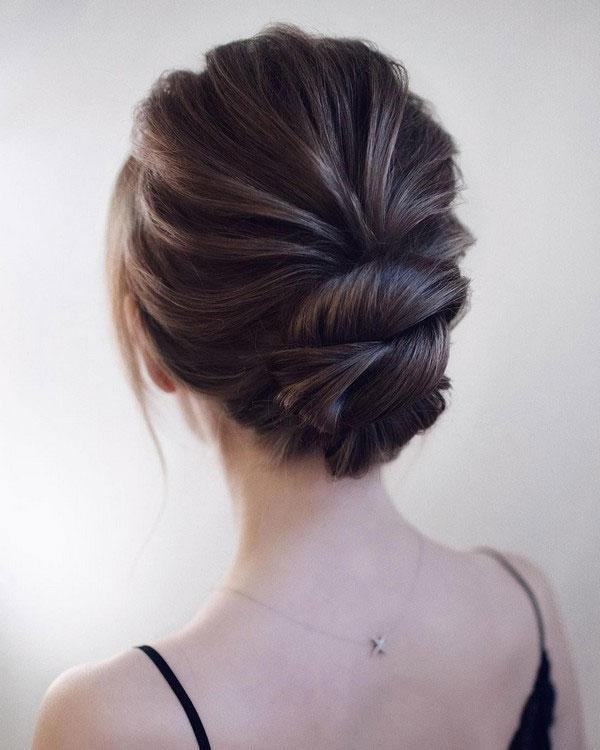 Perfect Buns For Medium Hair